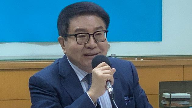 海基会前董事长洪奇昌认为两岸对台海和平风险控管都有责任。(记者 黄春梅摄)