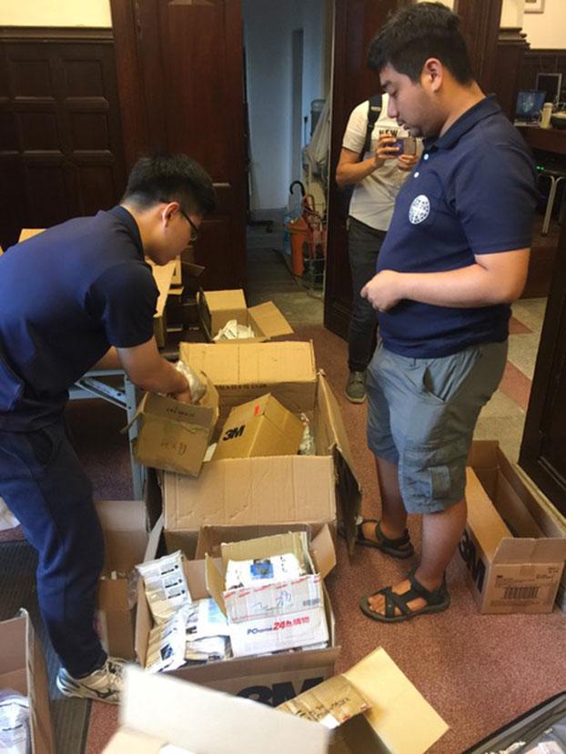 济南教会整理物资准备运送至香港。(济南教会提供)