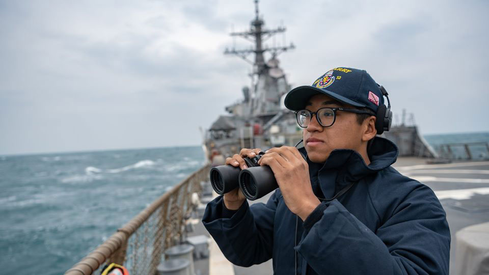 资料图片:美鉴贝瑞号继4月10日后,再度航经台湾海峡。(图/翻摄自U.S. Pacific Fleet脸书)