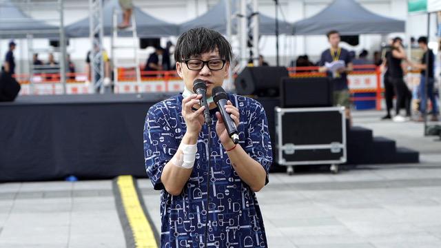 香港作词人林夕为台湾援助香港修法缓颊多给点时间。(记者 李宗翰摄)