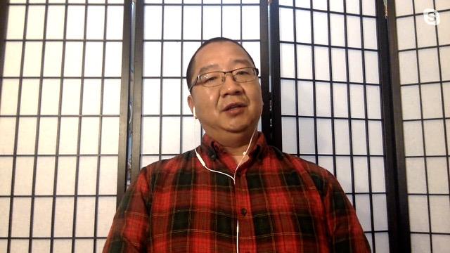 """自稱""""大蜀民國臨時總統的劉仲敬接受""""亞洲很想聊""""節目專訪。(截圖自""""亞洲很想聊""""節目)"""