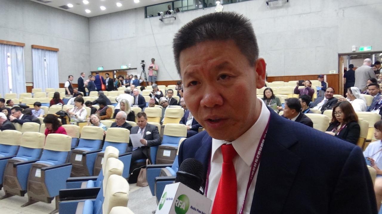 对华援助协会创办人傅希秋证实邀请达赖喇嘛和热比娅参加,均遭台湾政府技术性阻挠。(记者夏小华摄)