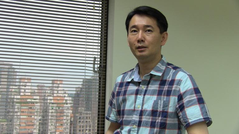政治大学国际事务学院副院长黄奎博(夏小华拍摄)