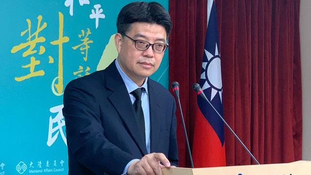 陆委会发言人邱垂正26日回应温起锋被遣送案。(记者夏小华摄)