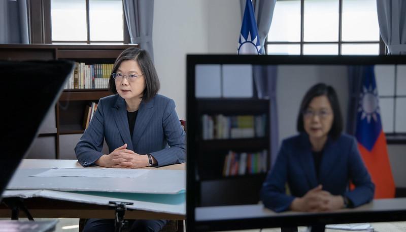 """2021年5月10日,蔡英文二度以台湾总统名义受邀在""""2021哥本哈根民主高峰会""""视讯会发表演说。(台湾总统府提供)"""