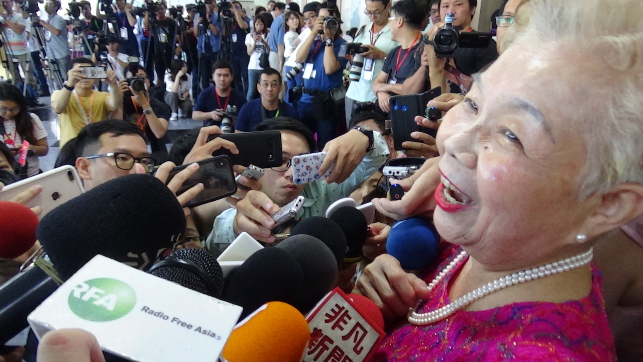 柯文哲妈妈受访表示只要是好人都可以跟柯文哲合作。(记者夏小华摄)