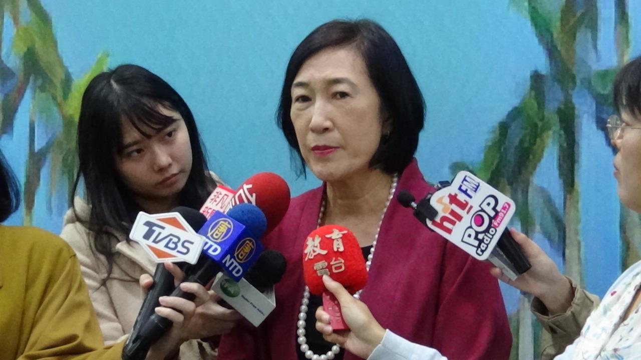 台大副校长周家蓓21日受访表示,对在香港学生赴台访问专案无名额上限。(记者夏小华摄)