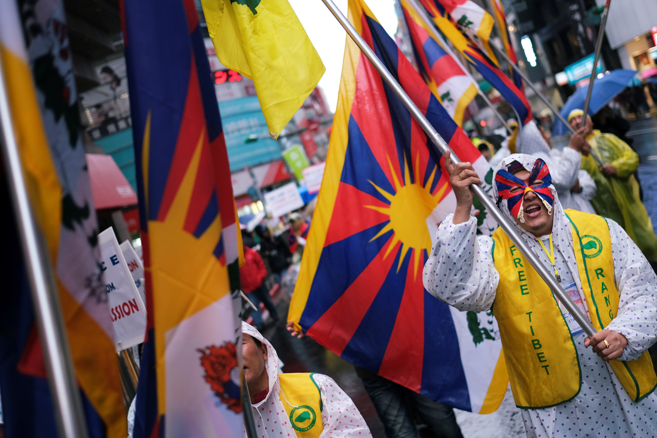 声援三一零西藏抗暴游行在台湾已举行十多年,图为2019年在台北的西藏抗暴游行。(路透)