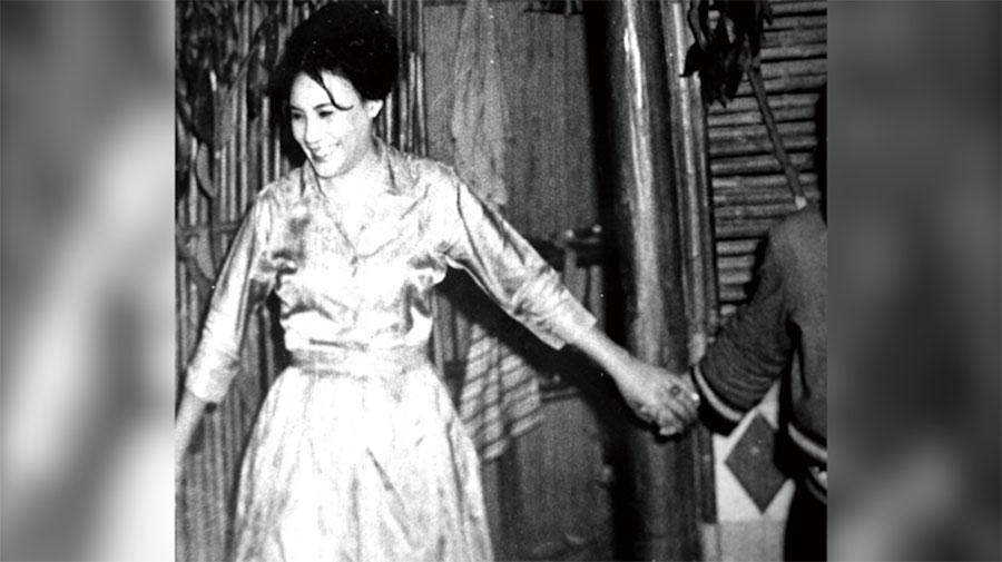 派娜娜年轻时在歌厅、美军具乐部相当出名。(野火乐集提供)