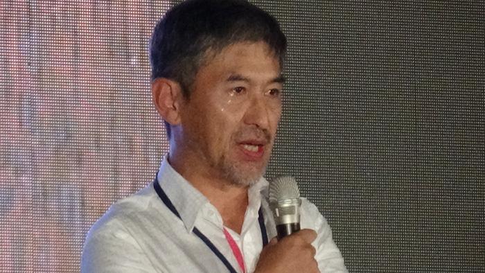 1989年北京戒严时身为军官的李晓明在台北六四晚会中洒泪忏悔(记者夏小华摄)