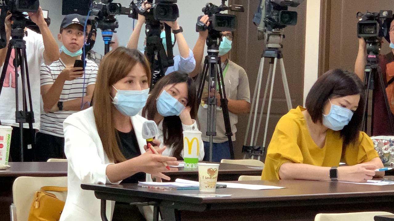 台湾连续74天无本土新增个案,突然接获日方通知一名女学生疑似在台湾染疫,引发台湾社会关注。(记者夏小华摄)