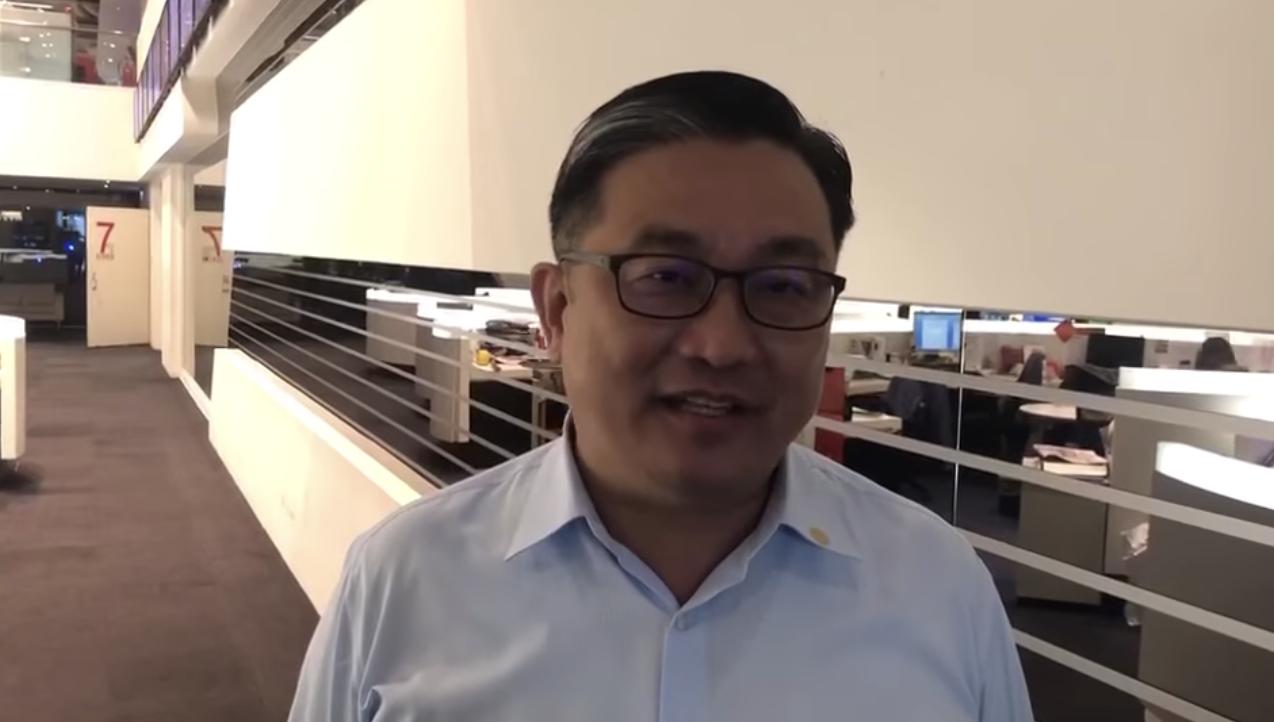 民进党籍立委王定宇指出,国民党到台湾造成通货膨涨问题,这笔帐,国民党三代还不完。(王定宇脸书)