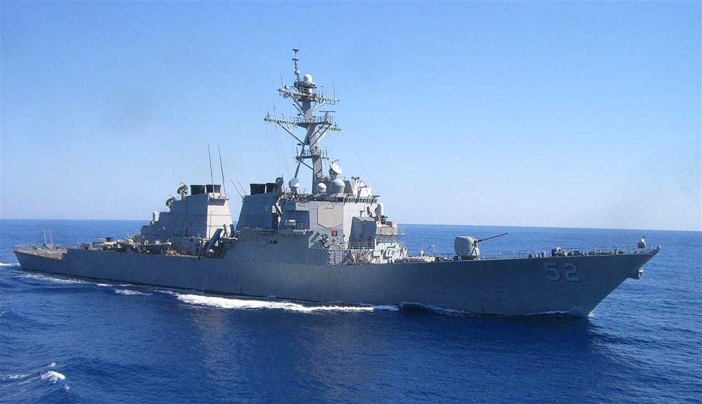 美军证实飞弹驱逐舰贝瑞号14日航行经过台湾海峡。(图取自facebook.com/DDG52)
