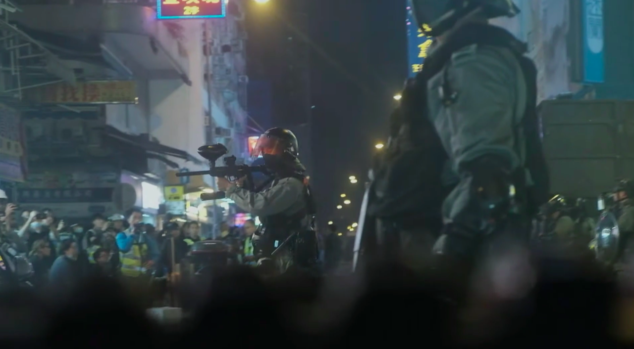 以香港反送中運動遭港警鎮壓爲題材的《夜更》摘下第57屆金馬獎最佳劇情短片。(《夜更》預告片)