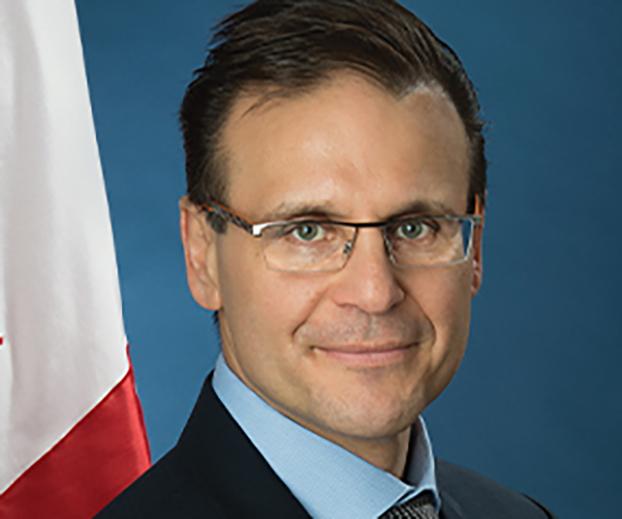 加拿大参议员郝萨科斯 (Leo Housakos) (参议员官网)