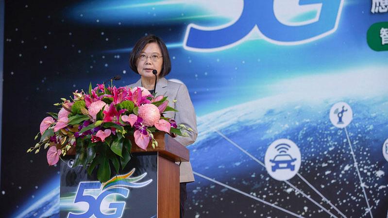 民进党总统参选人蔡英文3日出席记者会时表示,民进党团结迎战。(总统府提供)