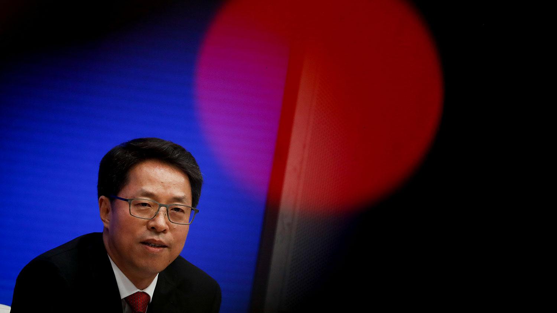 2020年7月1日,在北京,中国港澳办常务副主任张晓明出席记者会,解释刚通过并在港实施的《港区国安法》。(路透社)