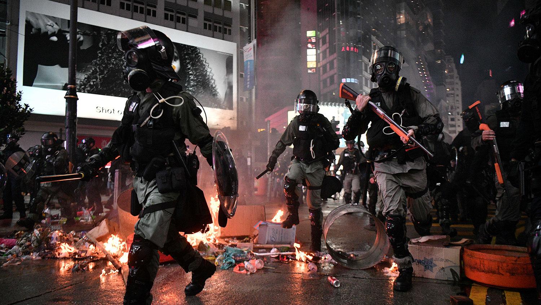 2019年8月31日,防暴警察在香港铜锣湾地区。(法新社)