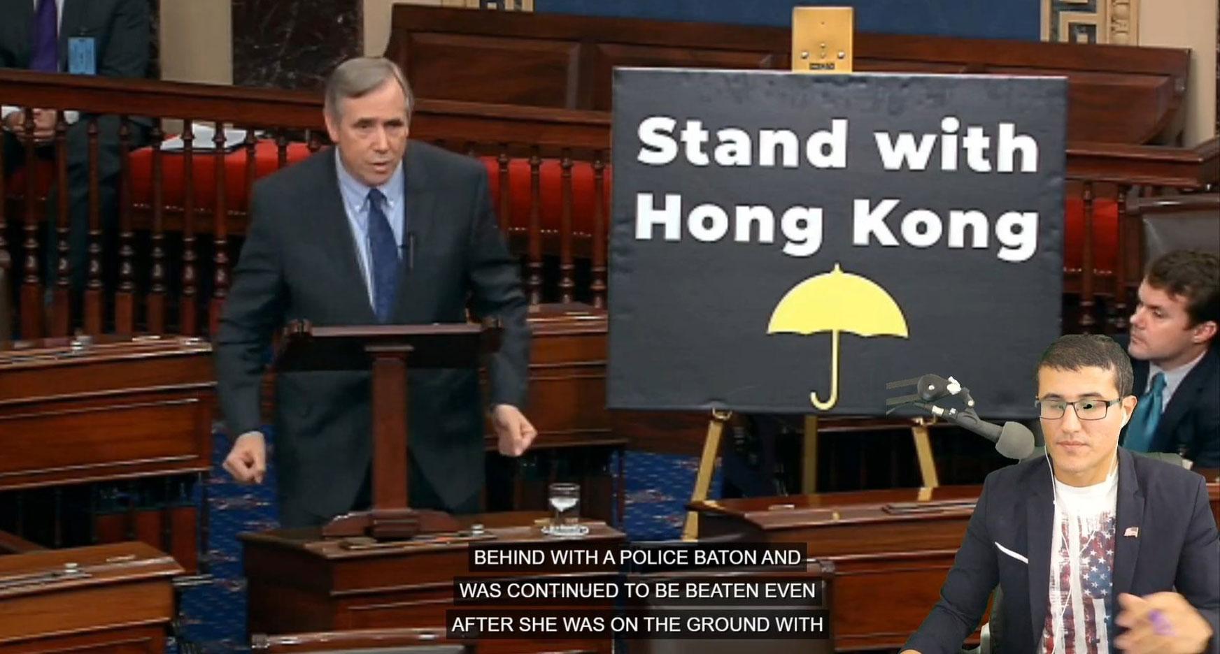 2019年11月19日,在参议院全院无异议通过《香港人权与民主法案》之际,俄勒冈州民主党联邦参议员默克里(Jeff Merkley)在院会发表演说。(推特图片/Josh Hawley@HawleyMO)
