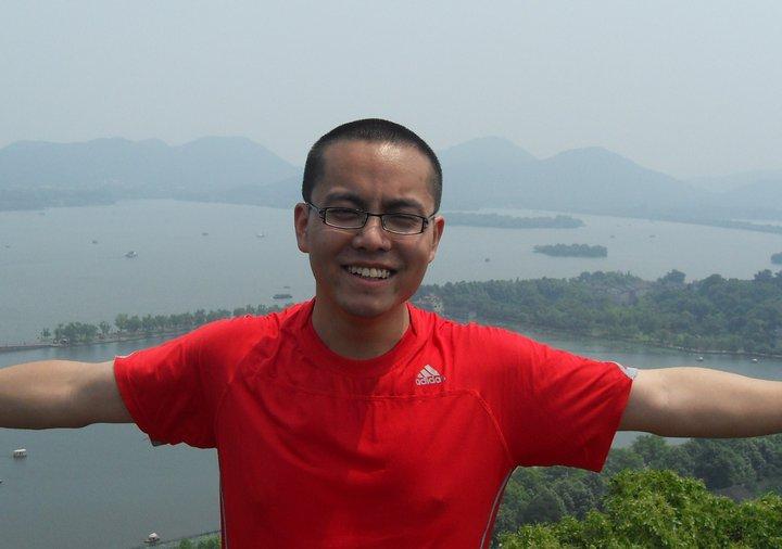 中国博客作者张贾龙。(张贾龙脸书照片)