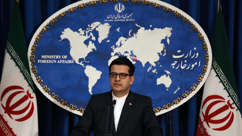�p方的�W上�R战最终由伊朗外交部�l言人阿巴斯・穆�_�S(Abbas Mousavi)出面平息。(美�社)