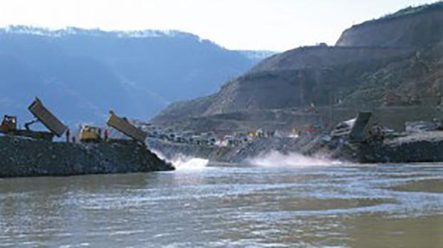 湄公河上修建的水坝(International Rivers)