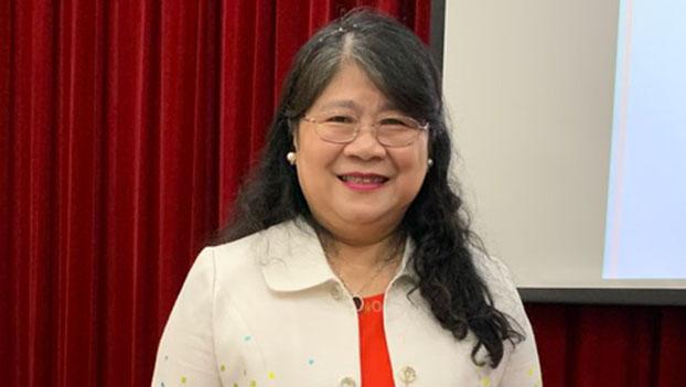 中华心理卫生协会会长吕淑贞分享亲人在武汉隔离经验。(记者 黄春梅摄)