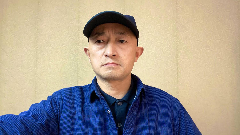 武汉新冠肺炎受害者家属张海。(志愿者提供/记者乔龙)