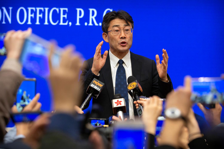 中国疾病预防控制中心主任高福在新闻发布会上。(美联社)