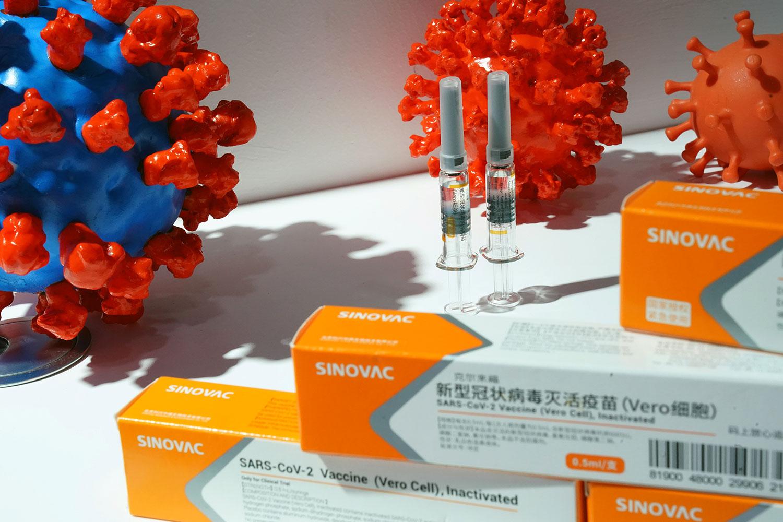 中国制疫苗。(路透社)
