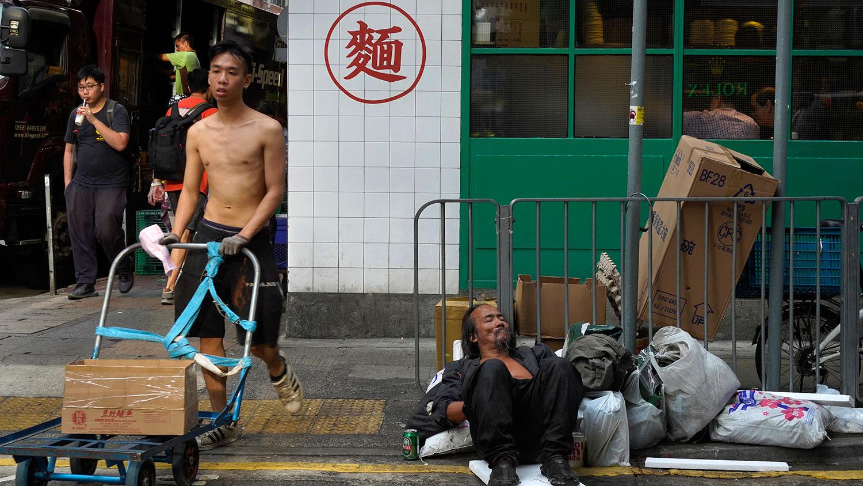 随着经济进一步放缓,预计今年余下时间,香港仍会面对显著下行压力,全年经济很可能呈现负增长。(㺯联社)