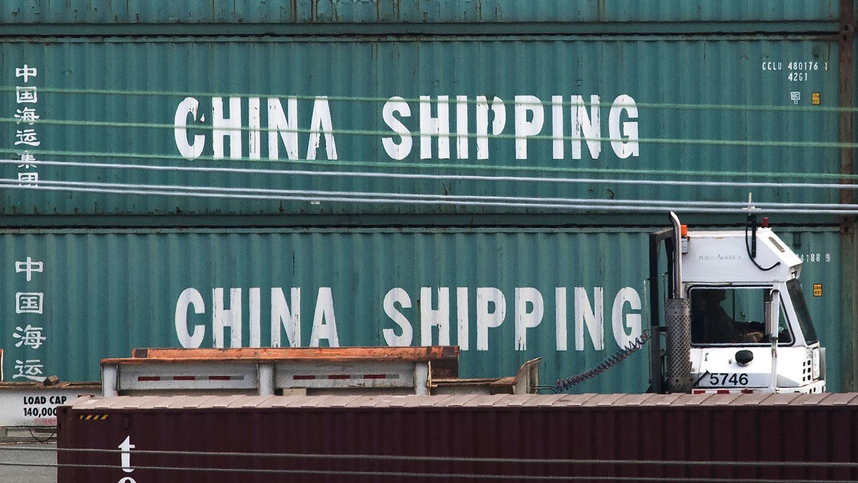 2019年9月1日,特朗普总统实施新的中国进口关税后,洛杉矶港的中国海运集装箱。(法新社)