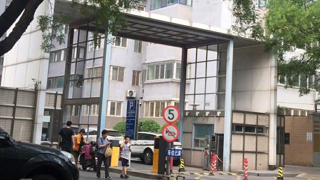 北京有一套房屋者及无房者赞成征收房地产税(志愿者提供/记者乔龙)