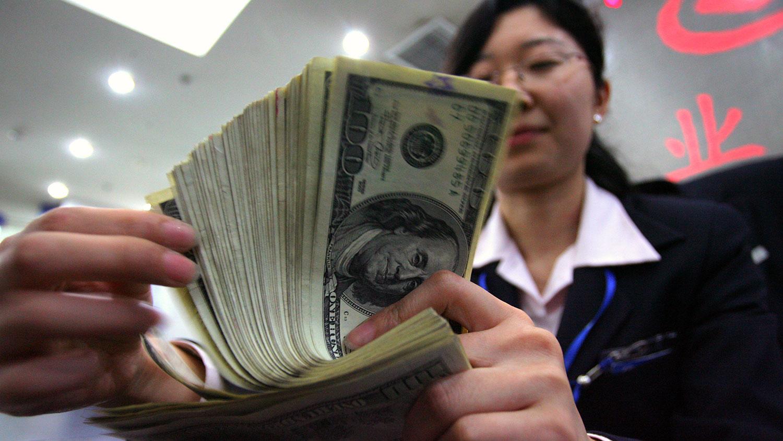 人民币兑美元的汇率从去年六月起大幅上涨,目前比去年6月1日已升值近百分之九。(路透社资料图片)(photo:RFA)