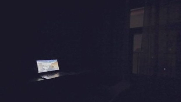 广州一入住酒店的客人遭遇突然停电(微博截图)