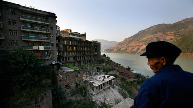 2007-11-14T120000Z_1486042696_GM1DWPAUSNAA_RTRMADP_3_CHINA-THREEGORGES-MIGRATION.jpg