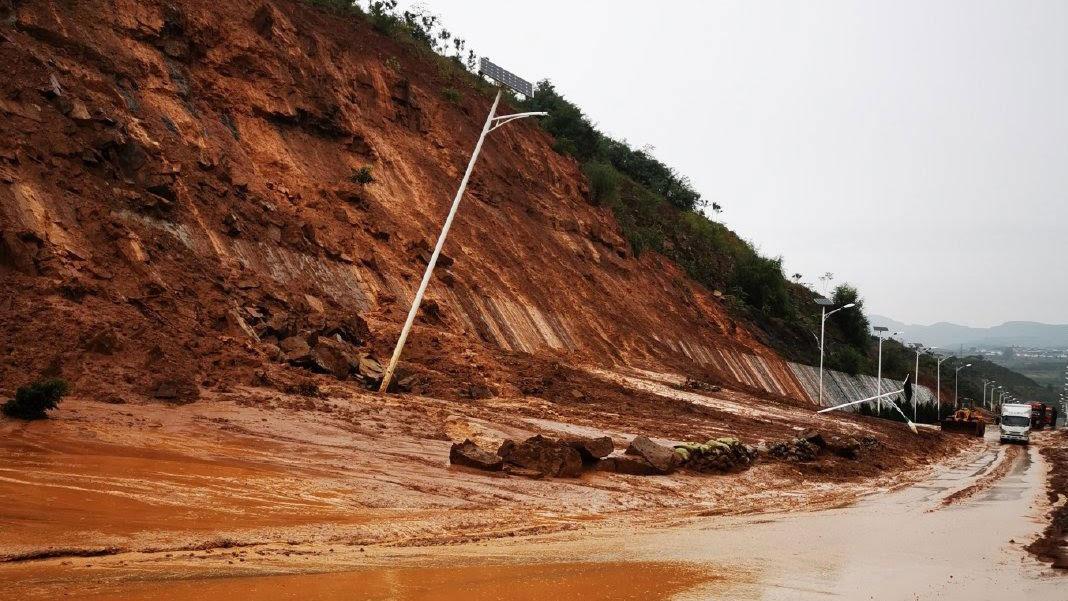 产煤大省山西受暴雨影响,27座煤矿停产。(志愿者提供/记者乔龙)