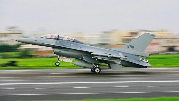 美国准备对台出售的新型F-16战机 (资料图片,军闻社提供)