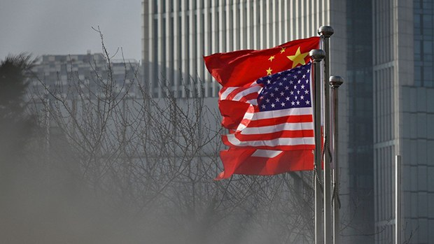 美中两国国旗(photo:RFA)
