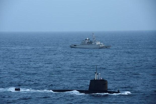 法国军舰巡弋南海,中国反对以航行自由之名危害主权