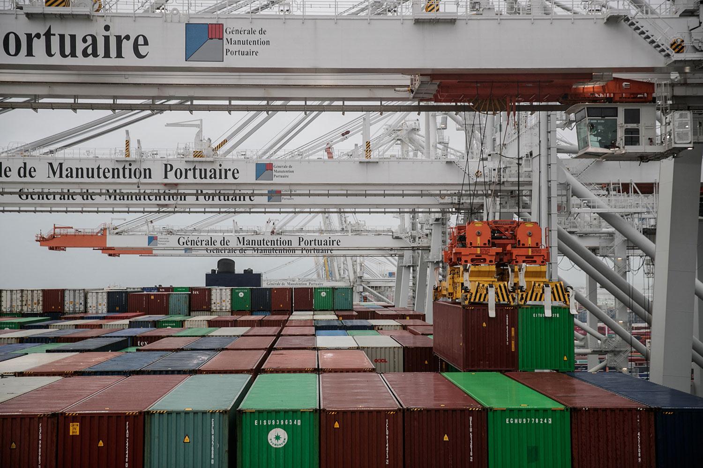 中国对欧洲的出口得益于对疫情所需的医疗设备和远距工作需要的电子产品。(法新社图片)(photo:RFA)