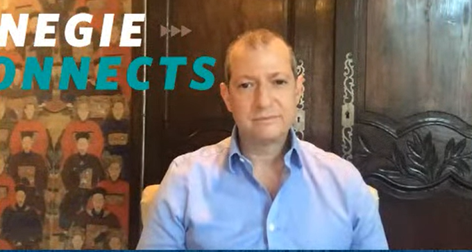 美国智库卡内基国际和平研究院研究副总裁方艾(Evan A. Feigenbaum)(视频截图)