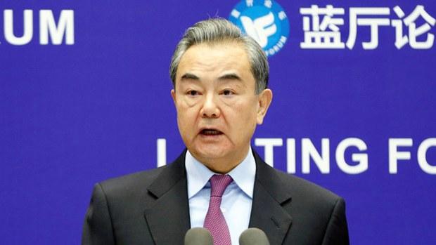 中国外长王毅再次含沙射影地批评了一些西方国家近期对华采取的强硬立场(路透社资料图)