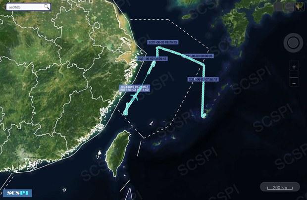 美军侦察机抵近东海 搜集弹道导弹试射情报