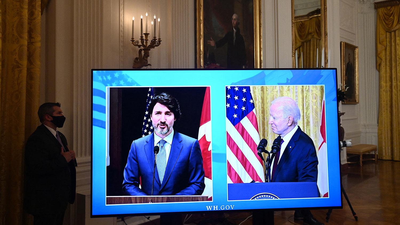 2021年2月23日,美国总统拜登和加拿大总理特鲁多举行视像双边会议,拜登批评中国绑架两加拿大人,加拿大和美国将连手对抗中国。(法新社)