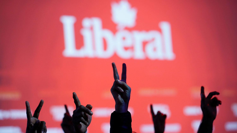加拿大自由党在这次选举中的席次,从上一届的184席降至157个席次,由於多数执政需要取得170个席次,如今只落得少数执政的地位。(路透社)
