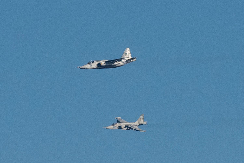 2018年11月29日,烏克蘭戰鬥機在軍事演習。 (AP)