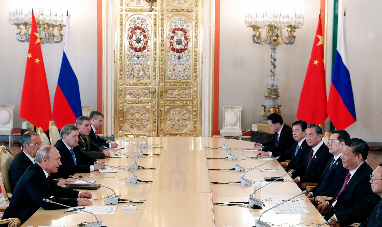 2019年6月5日,中国国家主席习近平在莫斯科克里姆林宫同俄罗斯总统普京会谈。(美联社)