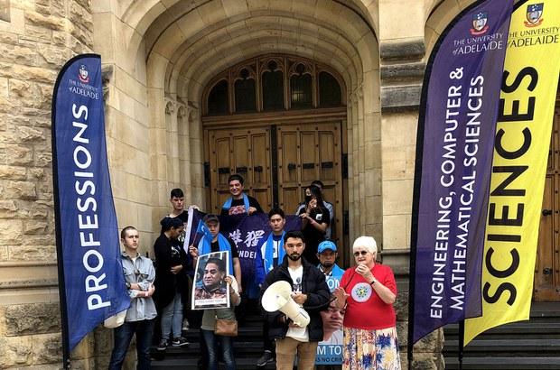 澳洲亲中大学校长上任伊始便遭学生校园抗议(photo:RFA)