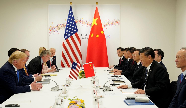 美国总统特朗普和中国国家主席习近平,2019年6月29日上午10点50分举行双边会谈。(美联社)